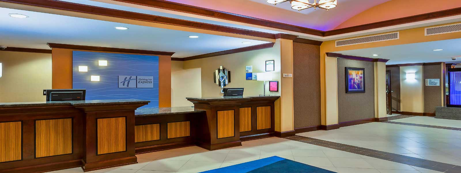 Discount Budget Cheap Affordable Hotels Motels Holiday Inn Express & Suites
